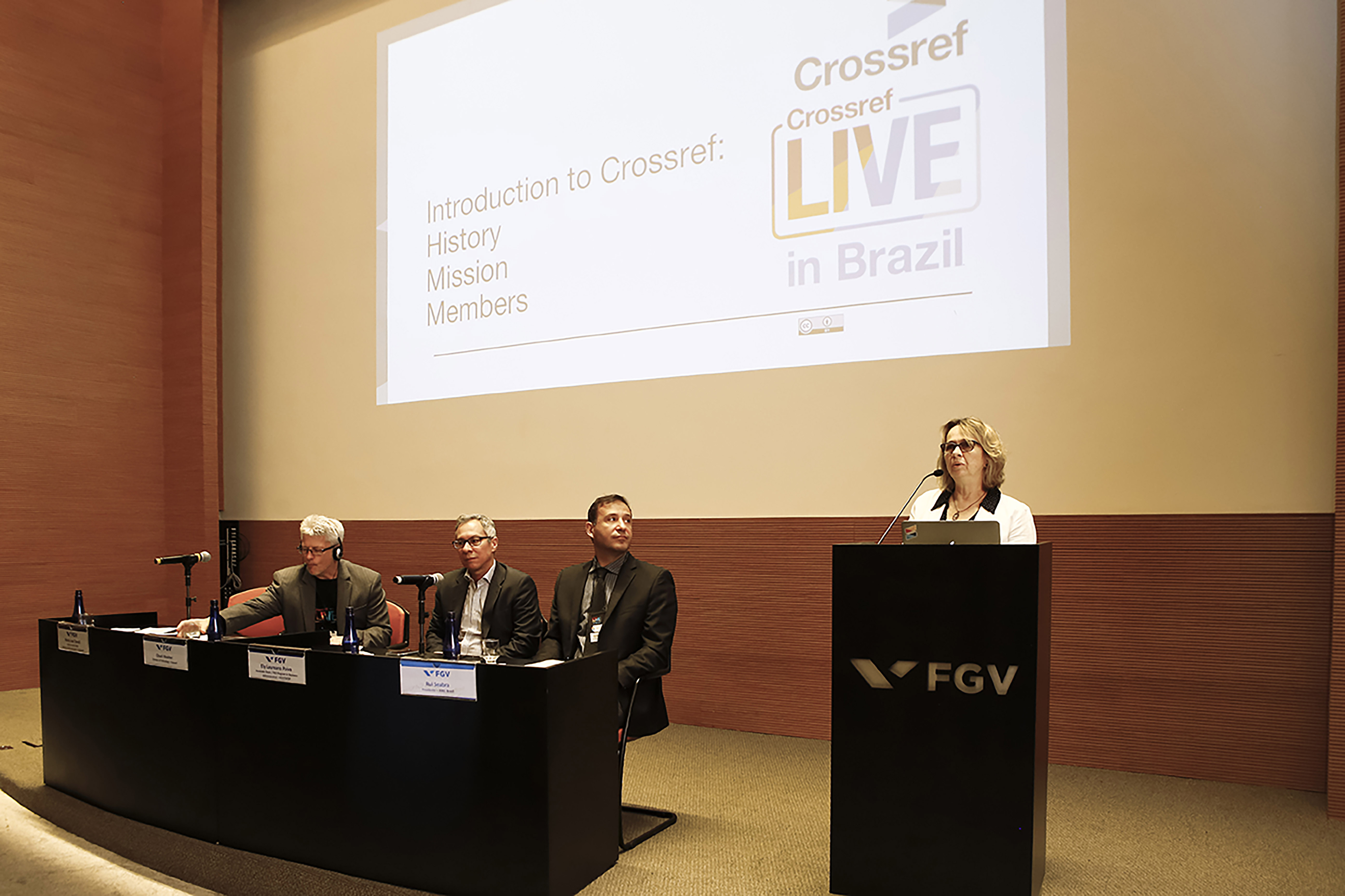 Speakers at Crossref LIVE Brazil